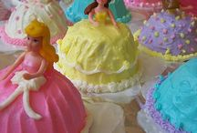 #MirrorMirror Baked Goods / Fairytale-inspired baked goods! #MirrorMirror / by Mirror Mirror