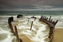 Wrecks / Anything totally wrecked. Shipwrecks, plane wrecks, train wrecks...