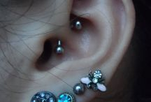 Daith Piercings / http://fabulousdesign.net/daith-piercing/ Daith piercing is amongst those most interesting and extremely appealing piercings on the body, which is specifically located on the innermost cartilage fold of ...