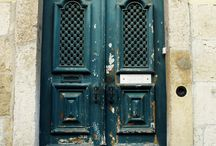 Doors and fronts..... / by Vanessa Tafani