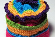 Crochet Uncut / Free crochet patterns from CrochetUncut.com. All patterns have links to the Ravelry project page and a downloadable PDF version.