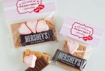 Holiday | Valentine's Day Party Ideas / by Jessica |OhSoPrintable|