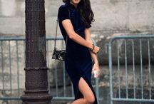 vestido longo preto tenis branco