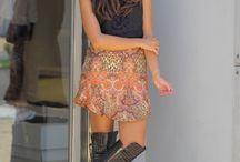 Laís Rasera / Laís Rasera  Estudante de Arquitetura e Urbanismo, Consultora de Moda e Blogueira  Rafaela Bartholomeu  Estudante de Administração, Consultora de Moda e Estilo e Blogueira / by Falar de Moda