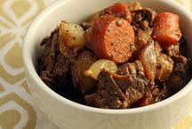 crock pot meals / by Tracey Greenwell Besante
