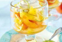 Früchte mit Joghurt