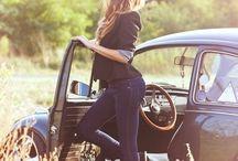 девушка и машина