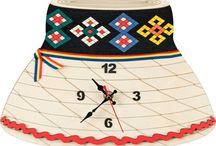 Wooden clocks with traditional motifs / LEMNUL poate avea multe chipuri, depinde doar de imaginatia si maiestria ARTIZANULUI