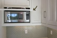 Microwave placement in kitchen