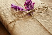 gift wrapping ideas / Gift wrapping, diy, make it special, put your signature on it.
