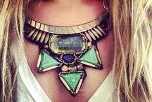 Statement Necklace / by Divine Consign