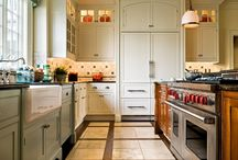 Kitchen / by Mary Erisman