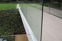 Afskærmning og værn af glas til terrasser