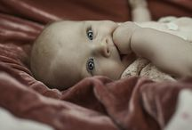 fotografo neonati coi genitori / Con piacere dopo aver fatto il loro matrimonio, scatto Giulia la loro bellissima bambina. Foto studio Buzzi Tiziano