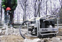 Breaking / A portable and efficient on site power source, offering excellent power to weight ratio.