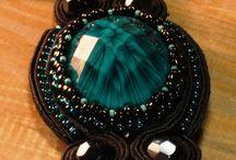 Xantra Kosmima / Χειροποίητα Κοσμήματα απο ημιπολύτιμους λίθους, συρμα αλουμινίου και χάντρες!   Handmade Jewellery made from Alluminum Wire,  Beads and semiprecious stones!  www.xantra-kosmima.gr
