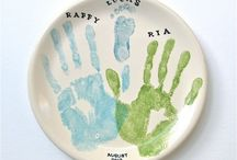 PINTA CRAFTS - Hand Prints, Foot Prints & Paw Prints / Gallery of Hand Prints, Foot Prints & Paw Prints painted on Ceramics by Pinta Crafts & clients