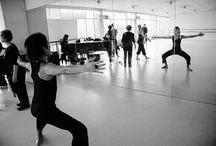 Departamento de Danza / El Departamento de Danza de la Facultad de Artes fundado en 1941 se concibe como una unidad donde se realiza docencia de pregrado y postgrado, creación artística, investigación y extensión. Más info en http://www.artes.uchile.cl/danza