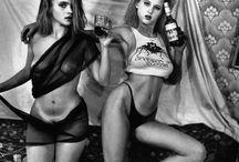 Фотографии ретро-эротики, фото эротика... / Фотографии ретро-эротики, фото эротика 60-х, 70-х, 80-х, 90-х. ... 28 фото Ретро! олько самые красивые девушки и лучшая эротика рунета совершенно бесплатно и без ... Ищешь ретро порно фото для просмотра без регистрации бесплатно? Ретро фото эротика — смотрите картинки...