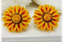 Gazania Flower Jewelry / Hand sculpted gazania flowers as jewelry.