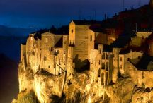 Tuscany / Around Tuscany - places itineraries city trips streets events in Tuscany http://www.tuscanyaccommodations.org/