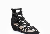 Shoes<3 / by Danielle Murtagh