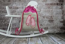 Etsy Emiko Store / Beautiful occasional bag for a child with a fabulous application and embroidery. Perfect for walks or trips. It can also serve as a bag for small toys and constitute a decorative element baby's room. Perfect for a gift. It is pleasant to the touch, durable and resistant to dirt. Made from the finest quality materials. Certainly he will stand out in a school or preschool locker room.