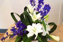 Romancing Bouquets  / Floral designs.