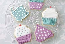 Icing Biscuits / Cupcakes, Biscuits and Cakes!