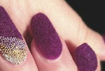 Textured Nail Art / Nail art of all kinds of textures.