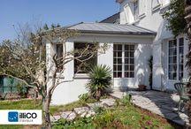 Extension de maison à Orvault (44) / Lorsque la surface intérieure n'est plus suffisante et que l'espace du jardin le permet, l'extension horizontale d'une maison devient la solution idéale.
