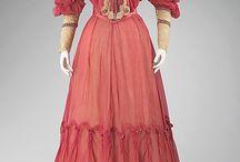 Мода / из музейных собраний и от частных владельцев