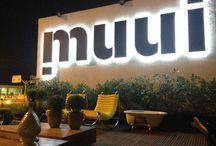 Muui Design / Loja de moveis com showroom feito por arquitetos