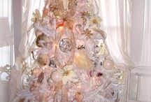 Pink Christmas / ...pretty, pink and festive! / by Suzanne Dutcher