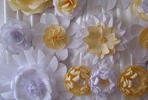 Flori pentru panouri. / Flori din hartie pentru decorarea spatiilor sau sălilor de nunţi.