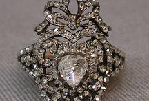 antique jewel