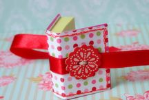 Postit Note Crafts / by Mary Kay Anderson