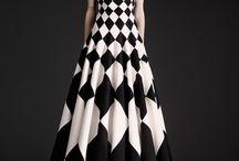 black/ white
