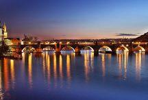 Jembatan Tercantik di Dunia / Sejumlah kota di dunia memiliki jembatan dengan gaya arsitektur yang unik nan megah, yang membuat siapapun terpukau melihatnya