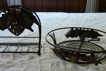 Home Decor Rustic Metal or Wire Items / Sherrie's Finds Of Curated Hand Picked Cute And Luxurious Designer Linens And Unique Home Decor!!   https://SherriesLuckyQualityFinds.com   Contact E-Mail Hello@SherriesLuckyQualityFinds.com