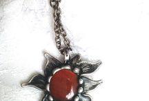 Šperky s kameny. Ruční výroba