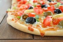 Pizza / by Dodie Presley