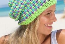 Free My Mountain Pattern Malibu: This lively three-color hat in Schachenmayr original Boston looks like it´s woven. The secret, however, is a fascinating crochet