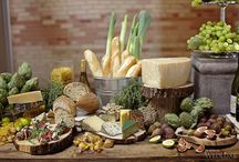Farm to Table Food Displays and Food Merchandising / Rustic tableware, display props and decor are the perfect complements for promoting locally sourced menu items and organic food products.