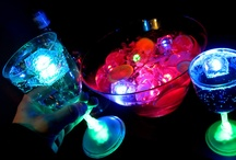 Glow Party Ideas / Glow party fun! Glow in the dark parties are a fun way to celebrate birthdays, office parties, anniversaries, BBQs and any other type of fun event that could use a little brightening! #glowparty #glowpartyideas