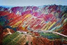 montañas coloridas