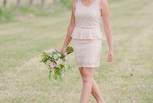 Rustic style inspiration / Encuentra inspiración para una boda en campo, así como el ramo de novia y tipos de flores que podría ir con este estilo.