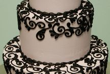 Chocolate Wedding Cakes / Delectable chocolate wedding cakes