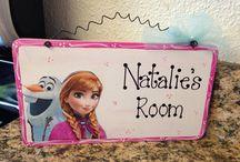 Elena's Frozen bedroom
