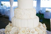 Wedding Cakes / by Kristy Galler